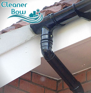 gutter-cleaning-bow